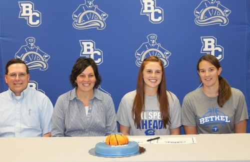 Morgan signs with Bethel College Pilots